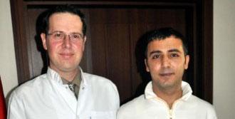 Kocaeli'de 'Yılın Hekimleri' Ödüllerini Aldı