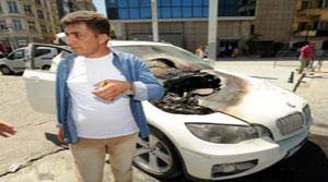 Taksim Meydanı'nda Lüks Araç Alev Aldı