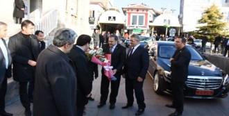Bakan Eroğlu: İsrail'e Üçüncü Yangın Uçağını Da Gönderdik