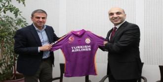 Kerimoğlu'ndan Galatasaray'a Ziyaret