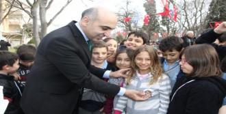 Bakırköy'de 'Mahalle Kedi Parkı' Açıldı
