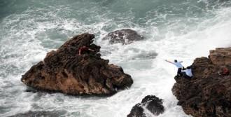 Balık Tutmak İsterken, Fırtınaya Yakalandı