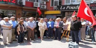 Balıkesir'de Atatürk'e Hakarete Tepki