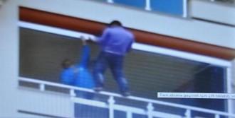 Balkonda Önlemsiz Çalışan İşçi Korkuttu