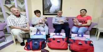 Başkan'dan Üçüz Bebeklere Hediye
