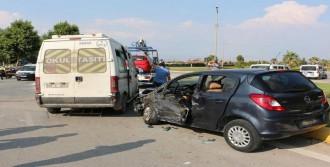 Başkanın Ailesi Kazada Yaralandı