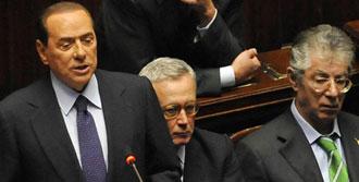 Berlusconi İtalya'yı Karıştırdı