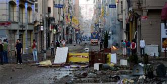 Taksim'de Olaylar Sürüyor