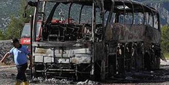 Tur Otobüsü Yandı