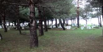 Belediye Borç Ödemek İçin Mezarlık Satmış
