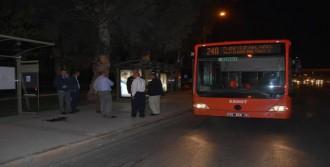 Belediye Otobüsünde Tinerci Dehşeti