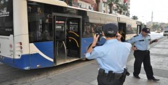 Otobüste Şüpheli Poşet Alarmı