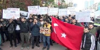 'Cam Filmi Yasağı' Protesto Edildi