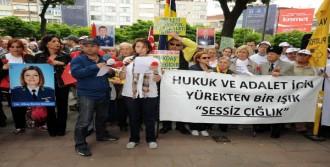 Beşiktaş'ta Sessiz Çığlık Eylemi