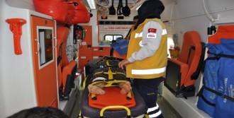 Besni'de 3 Kaza: 4 Yaralı