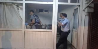 Besni'de Bıçaklı Kavga: 2 Yaralı
