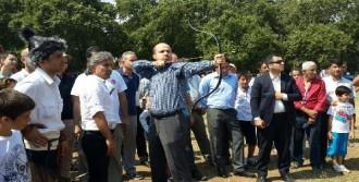 Erdoğan, Biga'daki Yarışmalarda Ok Attı
