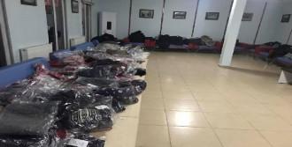 Çocuklara Kıyafet Yardımı
