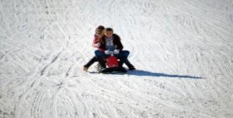 Kayak Merkezine Akın Ettiler