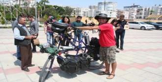 Bisikletle İspanya'dan Malezya'ya Gidiyor