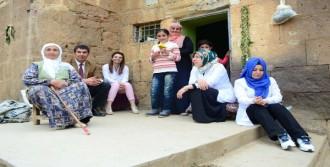 Bitlis'in Köylerinde Diş Taraması