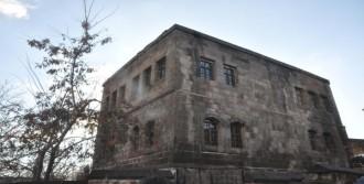 Tarihi Evler Turizme Kazandırılacak