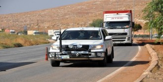 Bm'den İdlib'e 18 Tır'lık Yardım