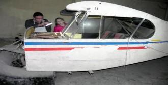 Hurda Uçak Hurdacıya Verildi