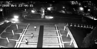 O Gece Yaşananlar Güvenlik Kameralarında