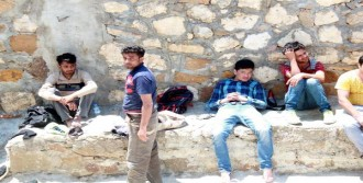 Bozcaada'da 38 Kaçak Yakalandı