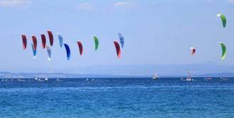 Bozcaada'da Kiteboard Heyecanı