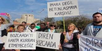 Bozcaadalılar Çevre Planını Protesto İçin Yürüdü
