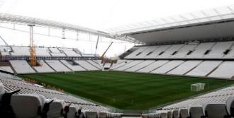 Dünya Kupası Açılış Stadı İnşaatı Hala Sürüyor