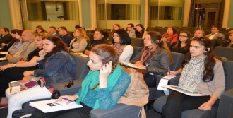 Brüksel'de Suriyelilerin Hakları Konuşuldu