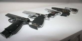 Bu Silahlar Poşetten Çıktı