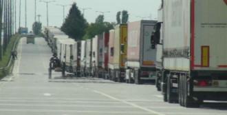 Bulgaristan, Gümrüklerde İşleri Durdurdu