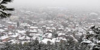 Burdur'da Kar Manzarası