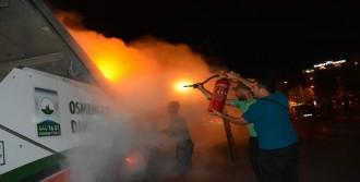 Bursa'da Binlerce Kişi Sokağa Döküldü