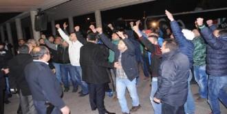 Bursaspor'a Havaalanında Büyük Tepki