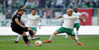 Bursaspor'un Galibiyet Serisi Sona Erdi