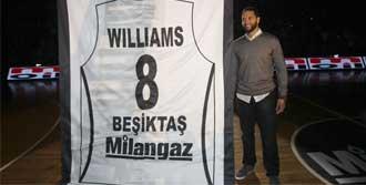 D-Will Beşiktaş'ı Unutmadı
