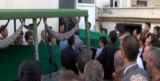Cenazeler Adli Tıp'a Kaldırıldı