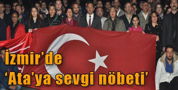 İzmir'de 'Ata'ya Sevgi Nöbeti'