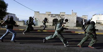 Kudüs'te Sinagoga Saldırı!