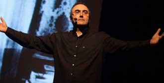 Sunay Akın'dan 'Söz Gösterisi'