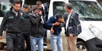 Adana'da 27 'Torbacı' Tutuklandı