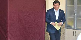 Ahmet Davutoğlu Oyunu Kullandı