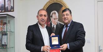 'CHP'nin Özelliği Tertemiz Olmasıdır'