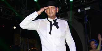 Yeni Yılı İzmir'de Kutladı