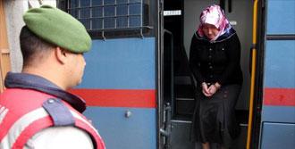Komşusunu Öldüren Kadına 25 Yıl Hapis Cezası
